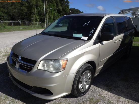 11-49685 (Cars-Van 4D)  Seller:Private/Dealer 2012 DODG GRANDCARA