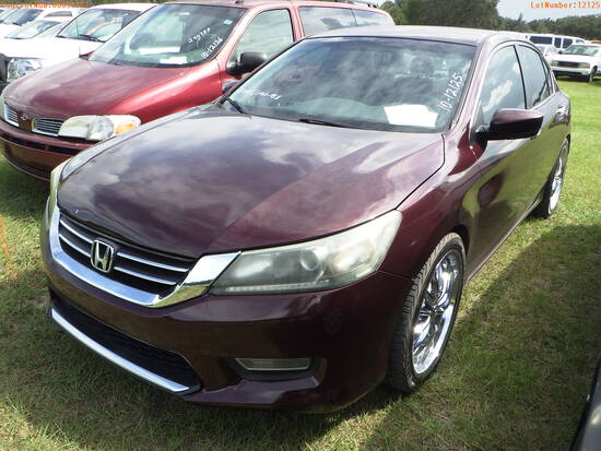 11-50351 (Cars-Sedan 4D)  Seller:Private/Dealer 2013 HOND ACCORD