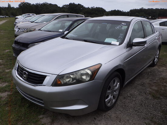 11-07111 (Cars-Sedan 4D)  Seller:Private/Dealer 2010 HOND ACCORD