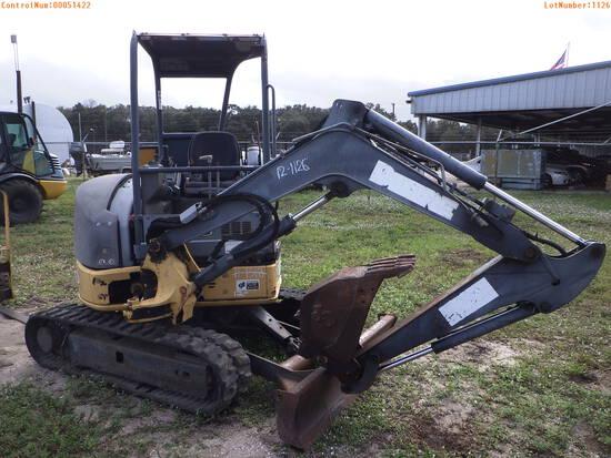 12-01126 (Equip.-Excavator)  Seller:Private/Dealer JOHN DEERE 27D OROPS RUBBER T