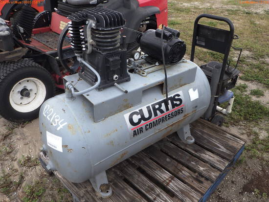 12-02134 (Equip.-Air comp.)  Seller:Private/Dealer CURTIS AIR COMPRESSOR AND PRE