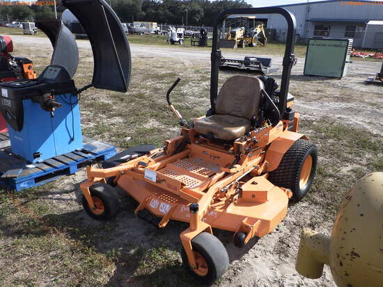 2-02116 (Equip.-Cart)  Seller:Private/Dealer SCAG TURF TIGER 61 INCH ZERO TURN R