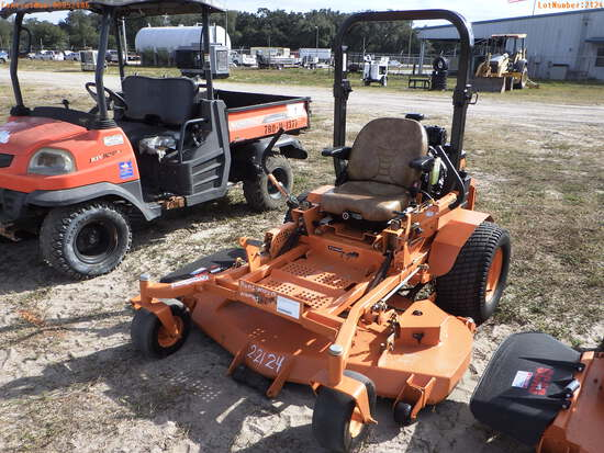 2-02124 (Equip.-Mower)  Seller:Private/Dealer SCAG TURF TIGER STT61V 61 INCH ZER