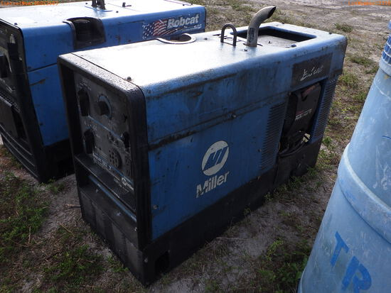 2-02110 (Equip.-Welding)  Seller:Private/Dealer MILLER 225 8.5KW WELDER-GENERATO