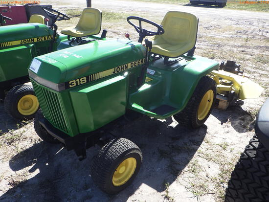 2-02140 (Equip.-Mower)  Seller:Private/Dealer JOHN DEERE 318 RIDING MOWER