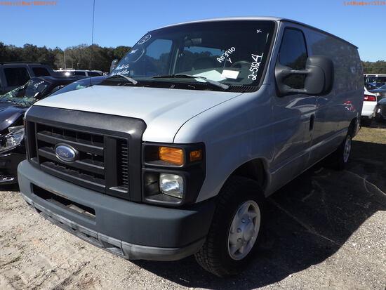 2-05124 (Trucks-Van Cargo)  Seller: Gov-Pinellas County BOCC 2008 FORD E150