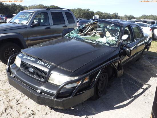 2-05126 (Cars-Sedan 4D)  Seller: Florida State F.H.P. 2009 FORD CROWNVIC