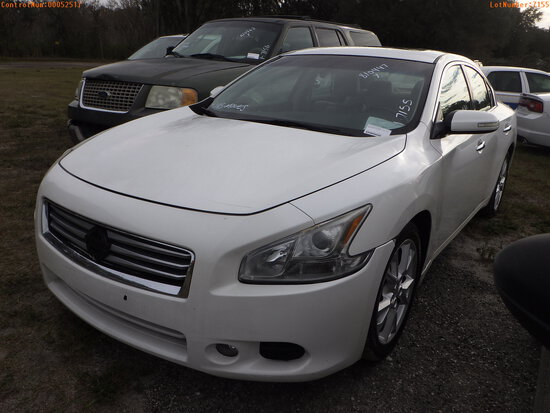 2-52517 (Cars-Sedan 4D)  Seller:Private/Dealer 2012 NISS MAXIMA