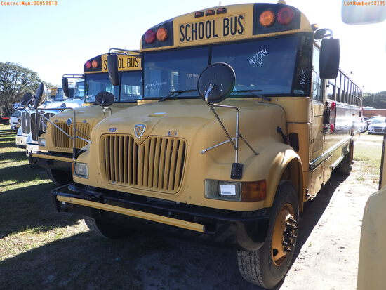 2-51818 (Trucks-Buses)  Seller:Private/Dealer 2004 ICCO 3000IC