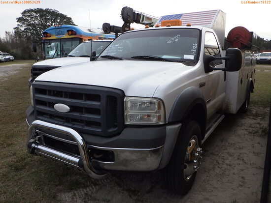 2-52429 (Trucks-Utility 2D)  Seller:Private/Dealer 2006 FORD F550