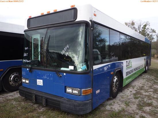 2-08211 (Trucks-Buses)  Seller: Gov-Hillsborough Area Regional 2006 GILL G21D102