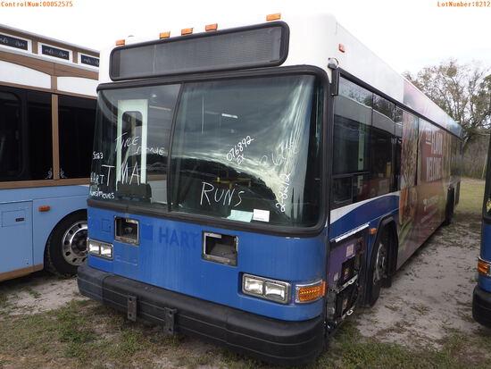 2-08212 (Trucks-Buses)  Seller: Gov-Hillsborough Area Regional 2006 GLLG G21D102