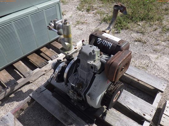 3-04114 (Equip.-Pump)  Seller:Private/Dealer WATER PUMP