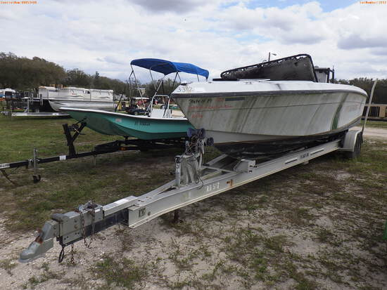 3-03112 (Vessels-Center console)  Seller: Florida State F.W.C. 2003 DONZ BOAT