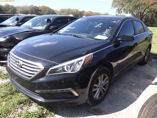 3-05115 (Cars-Sedan 4D)  Seller: Gov-Hillsborough County Sheriff-s 2015 HYUN SON