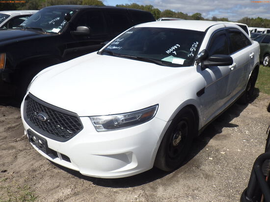 3-05126 (Cars-Sedan 4D)  Seller: Gov-City of St.Petersburg 2015 FORD TAURUS