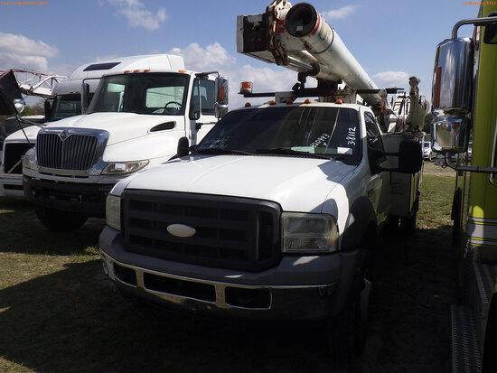 3-08112 (Trucks-Aerial lift)  Seller:Private/Dealer 2006 FORD F550