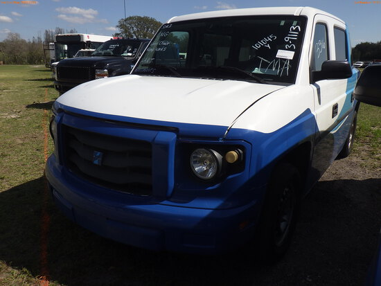 3-09113 (Cars-Van 3D)  Seller: Gov-Hillsborough Area Regional 2014 MOVT MV1