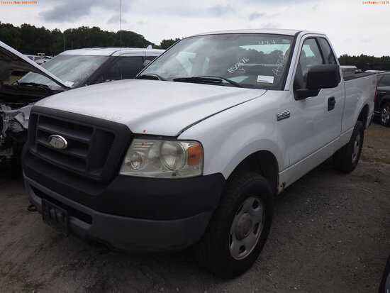 4-05126 (Trucks-Pickup 2D)  Seller: Gov-Manatee County 2007 FORD F150