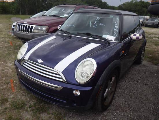 4-07141 (Cars-Sedan 2D)  Seller:Private/Dealer 2005 COPE MINI