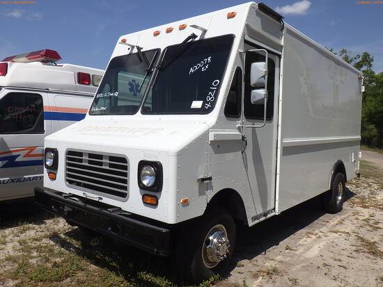 4-08210 (Trucks-Van Step)  Seller: Gov-Hillsborough County Sheriffs 1989 FORD UT