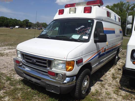 4-08211 (Trucks-Ambulance)  Seller: Gov-Manatee County 2006 FORD E350
