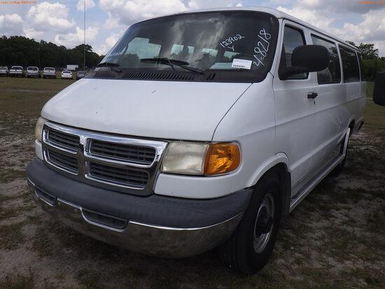4-08218 (Cars-Van 3D)  Seller: Gov-City of Bradenton 2002 DODG 3500