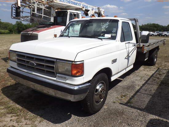 4-09111 (Trucks-Rollback)  Seller: Gov-Hillsborough County Sheriffs 1988 FORD F3