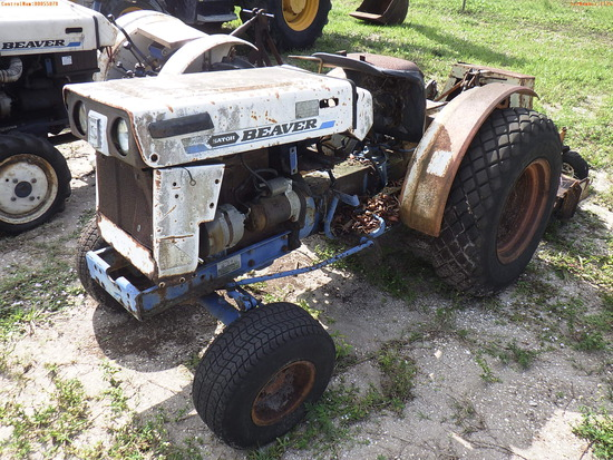 5-01124 (Equip.-Tractor)  Seller:Private/Dealer SATOH S370 BEAVER TRACTOR WITH 3