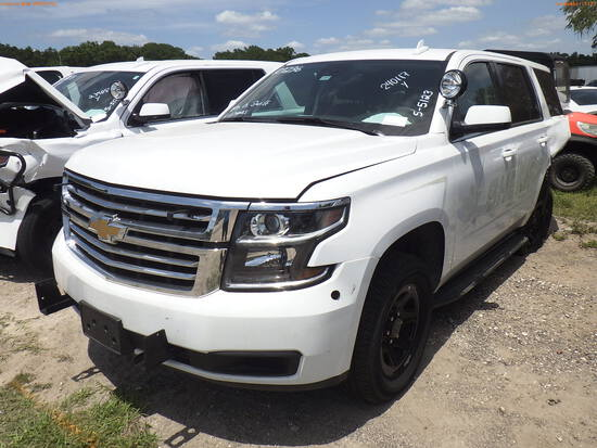 5-05123 (Cars-SUV 4D)  Seller: Gov-Hillsborough County Sheriffs 2020 CHEV TAHOE
