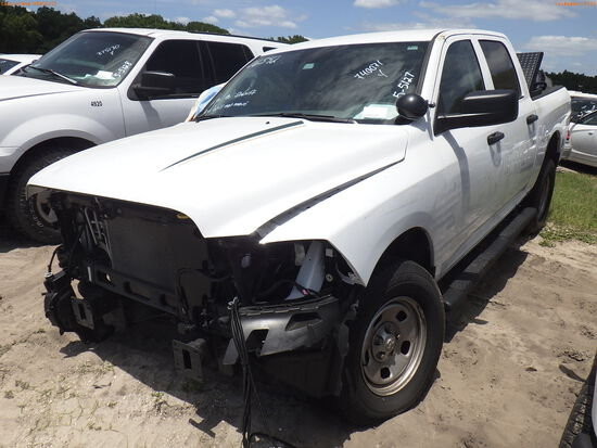 5-05127 (Trucks-Pickup 4D)  Seller: Gov-Hillsborough County Sheriffs 2019 RAM 15