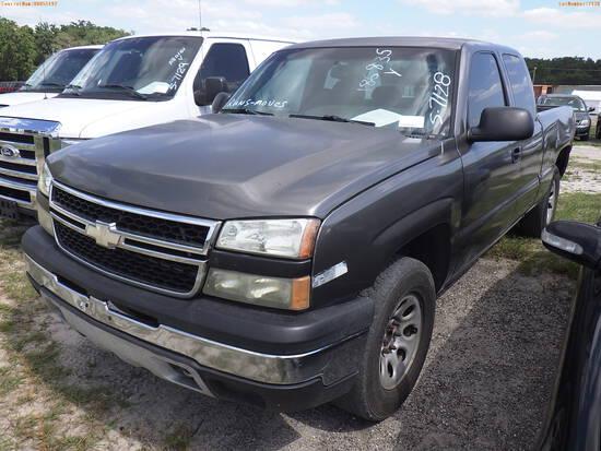 5-07128 (Trucks-Pickup 4D)  Seller:Private/Dealer 2006 CHEV 1500