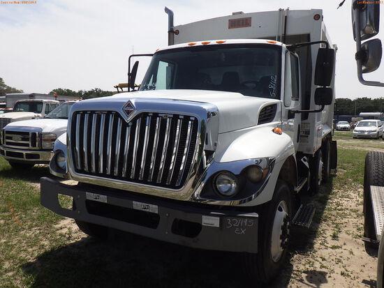 5-08112 (Trucks-Garbage)  Seller:Private/Dealer 2011 INTL 7400