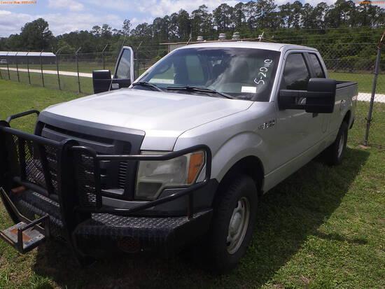 5-20110 (Trucks-Pickup 2D)  Seller: Florida State F.W.C. 2010 FORD F150