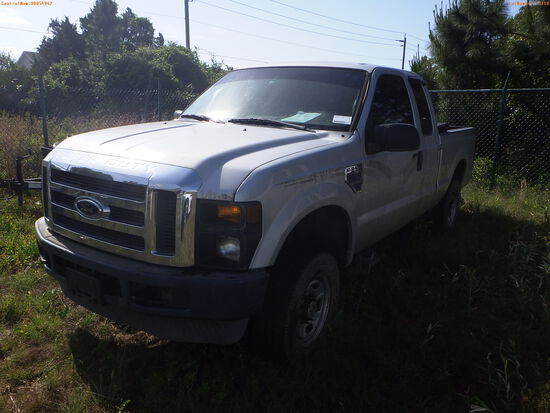 5-18110 (Trucks-Pickup 2D)  Seller: Florida State F.W.C. 2008 FORD F250SD