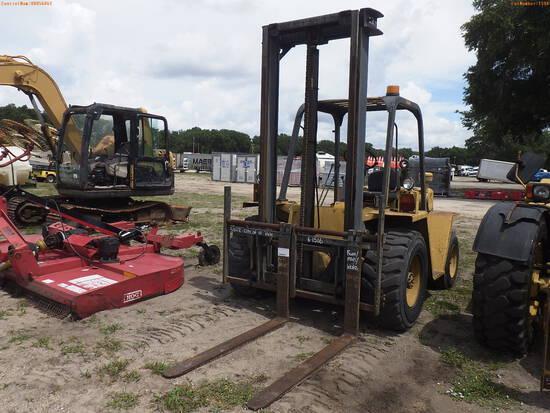 6-01516 (Equip.-Fork lift)  Seller: Gov-City of St.Petersburg CATERPILLAR R50 50