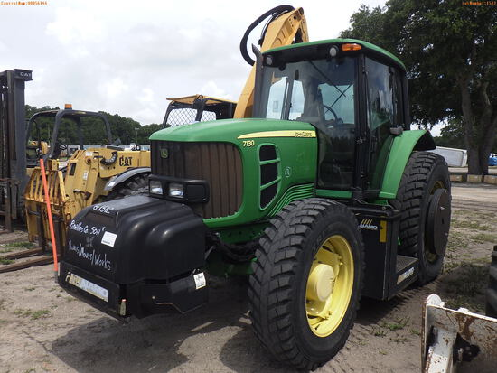 6-01512 (Equip.-Tractor)  Seller: Gov-Pinellas County BOCC JOHN DEERE 7130 4X4 C
