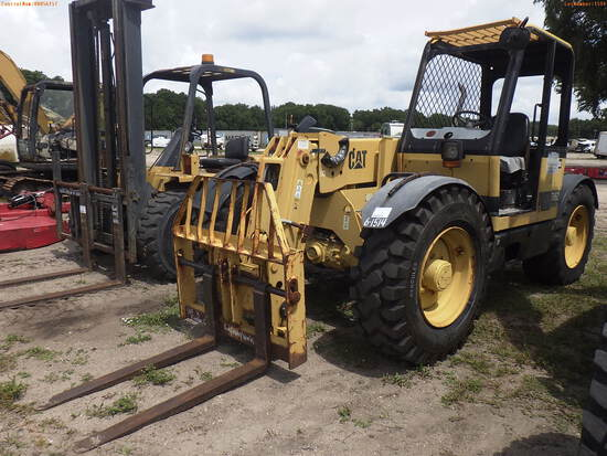 6-01514 (Equip.-Fork lift)  Seller: Gov-Pinellas County BOCC CATERPILLAR TH62 TE