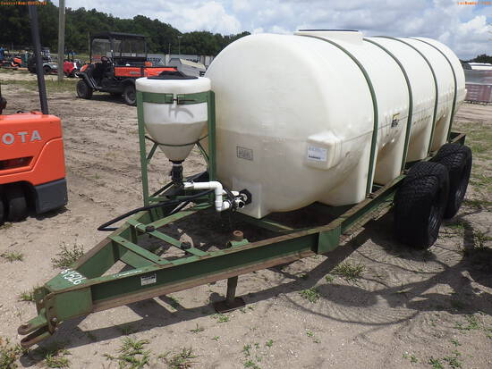 6-01526 (Trailers-Tanker)  Seller:Private/Dealer TANDEM AXLE TRAILER WITH 1000 G
