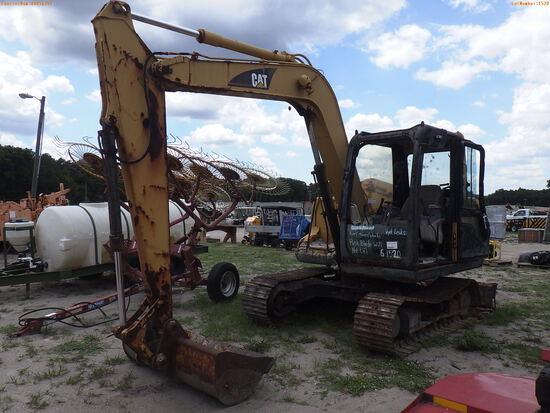 6-01520 (Equip.-Excavator)  Seller:Private/Dealer CAT 307C ENCLOSED CAB TRACK EX