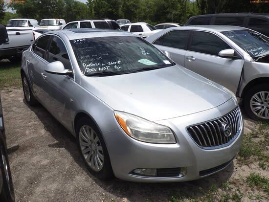 6-05116 (Cars-Sedan 4D)  Seller: Gov-Pinellas County Sheriffs Ofc 2011 BUIC REGA