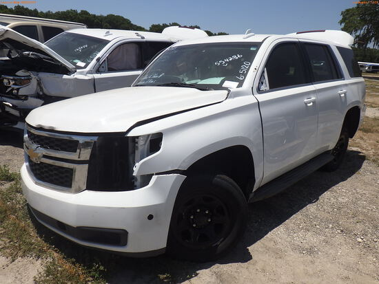6-05120 (Cars-SUV 4D)  Seller: Gov-Pinellas County Sheriffs Ofc 2015 CHEV TAHOE