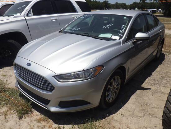 6-05119 (Cars-Sedan 4D)  Seller: Gov-Hillsborough County Sheriffs 2015 FORD FUSI