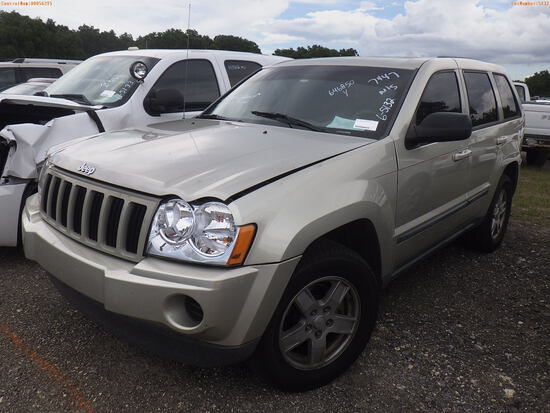 6-05132 (Cars-SUV 4D)  Seller: Gov-Orange County Sheriffs Office 2007 JEEP GRAND