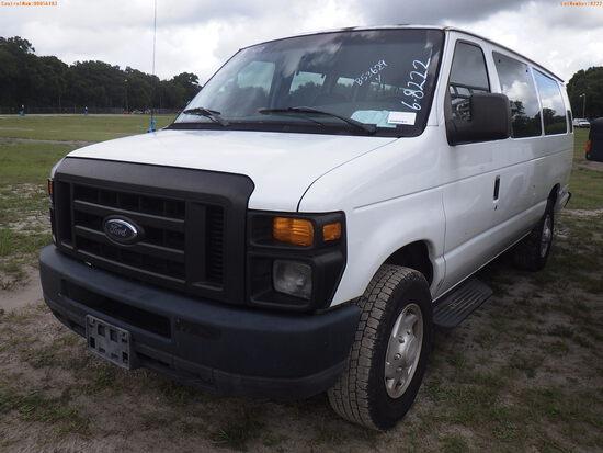 6-08222 (Trucks-Buses)  Seller: Gov-Hillsborough County B.O.C.C. 2008 FORD E350
