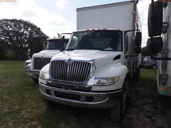 6-08128 (Trucks-Box)  Seller:Private/Dealer 2006 INTL 4400