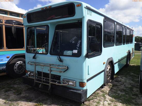 6-08226 (Trucks-Buses)  Seller: Gov-Manatee County 2007 GLLG C21A096N4