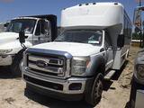 6-08261 (Trucks-Buses)  Seller: Gov-Manatee County 2012 FORD F550