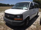 6-08212 (Cars-Van 3D)  Seller: Gov-Pinellas County Sheriffs Ofc 2006 CHEV 3500