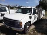 6-08213 (Trucks-Utility 2D)  Seller: Gov-Hillsborough County School 1999 GMC 350